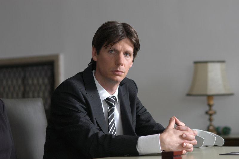 Wie hat sich Dr. Clemens Wildner (Thomas Wildner) das ganze Erbe ergaunert? – Bild: ZDF und Bernd Schuller