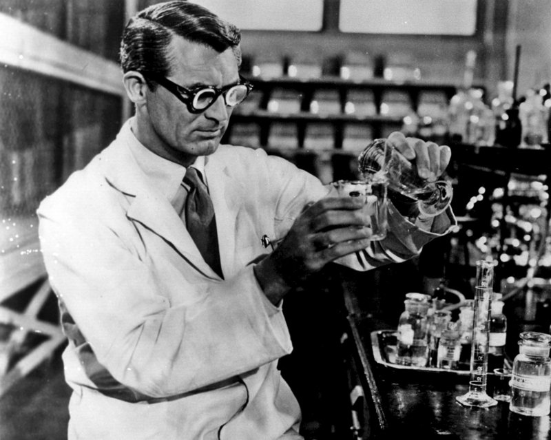 Cary Grant (Prof. Barnabas Fulton). – Bild: ZDF und ORF/Telepool