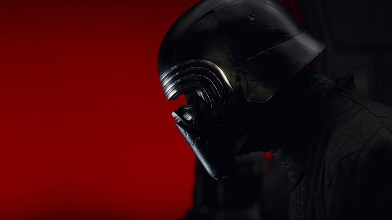 Star Wars Episode VIII The Last Jedi Adam Driver als Kylo Ren SRF/ – Bild: SRF2 / ©2017 & TM Lucasfilm Ltd.