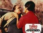 Ein Turbo räumt den Highway auf – Bild: 3sat