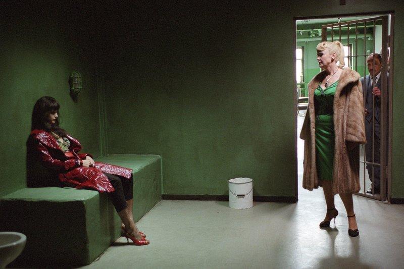 NDR Fernsehen LULU UND JIMI, am Montag (06.07.15) um 23:15 Uhr. Lulu (Jennifer Decker) wird von ihrer Mutter Gertrud (Katrin Sass) aus dem Gefängnis geholt. – Bild: NDR/Joseph Wolfsberg