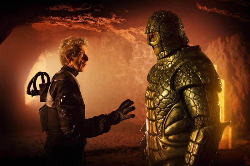 WARNING: Embargoed for publication until 00:00:01 on 04/06/2017 - Programme Name: Doctor Who S10 - TX: 10/06/2017 - Episode: Empress of Mars (No. 9) - Picture Shows: ***EMBARGOED UNTIL 00:01hrs 4th JUNE 2017*** The Doctor (PETER CAPALDI), Friday (RICHARD ASHTON) - (C) BBC/BBC Worldwide - Photographer: Simon Ridgway – Bild: Simon Ridgway / BBC/BBC Worldwide / BBC/BBC Worldwide 2017