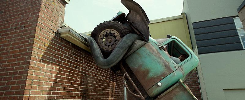 Creech hat einige Tricks parat, die anderen Trucks fehlen ... – Bild: Puls 4