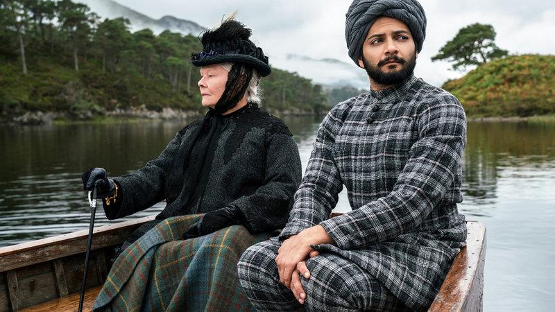 Victoria & Abdul Judi Dench als Queen Victoria, Ali Fazal als Abdul Karim. SRF/Focus Features – Bild: SRF1