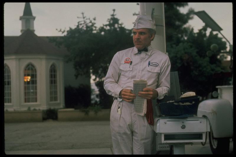 Eine raffinierte Erfindung bringt Navin (Steve Martin) Ruhm und Reichtum ... – Bild: 1979 Universal City Studios, Inc. All Rights Reserved. Lizenzbild frei