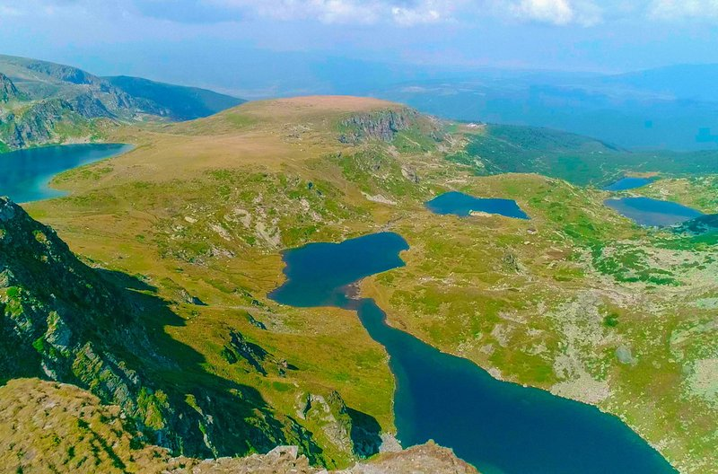 Die Sieben Rila-Seen: ein Naturphänomen und sicherlich einer der beeindruckendsten Orte Bulgariens – Bild: ZDF / © Docdays Production/S. Klöpper
