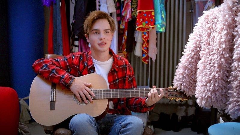 Luke (Mike Singer) – Bild: Nickelodeon