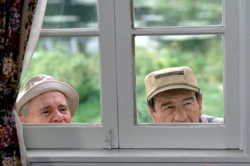L-R: John Gustafson (Jack Lemmon), Max Goldman (Walter Matthau) – Bild: Warner Bros.
