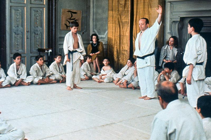 Andrea (Stefano Colagrande, li.) möchte seinem Vater im Judo-Wettkampf beweisen, wie stark er ist. – Bild: ARTE France