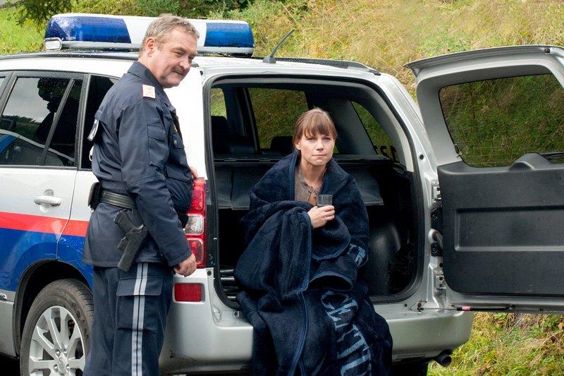 Ferry Öllinger (Kroisleitner), Kristina Sprenger (Karin Kofler). – Bild: ORF III