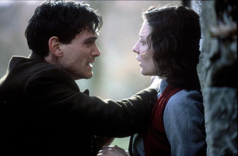 Die Liebe der Charlotte Gray – Bild: Universal TV