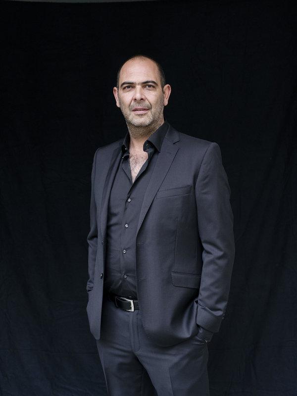 """Hannes Ringlstetter, Gastgeber der neuen Sendung """"Ringlstetter"""" – Bild: BR/Superfilm München/Gerald von Foris"""