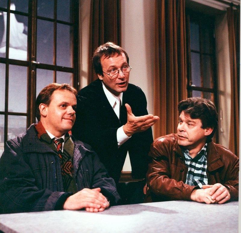 Von links: Herr Weidlich (Robert Meyer), Richter Wunder (Erich Hallhuber jun.) und Herr Prexel (Werner Asam). – Bild: Bayerisches Fernsehen