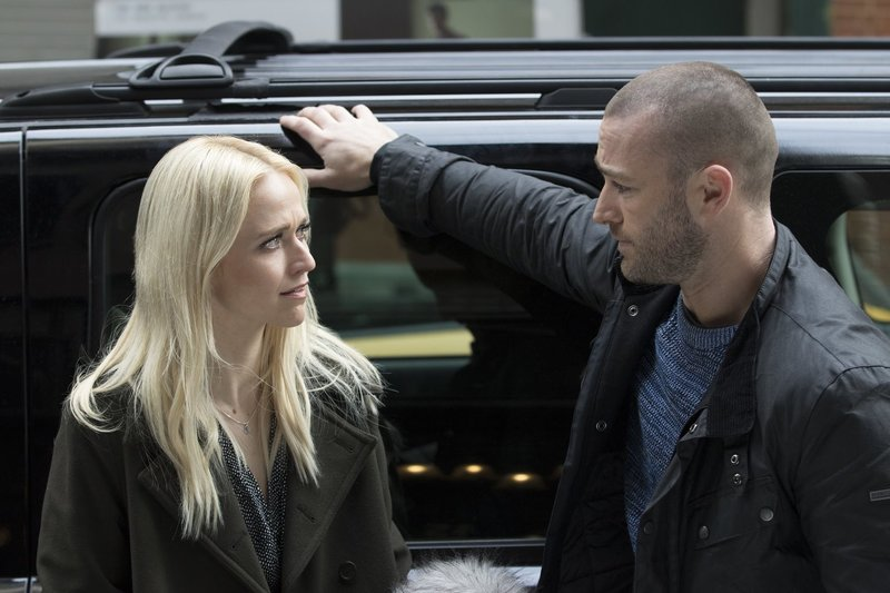 Shelby (Johanna Braddy, l.); Ryan (Jake McLaughlin, r.) – Bild: ABC Studios/Giovanni Rufino Lizenzbild frei