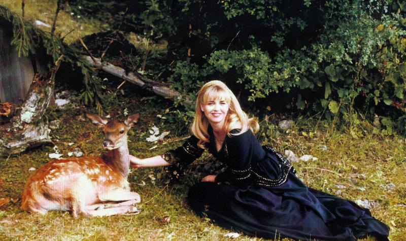 Prinzessin Elena (Tina Ruland). – Bild: Artoko/BR