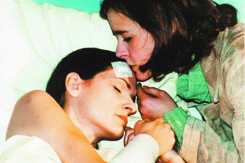 Schwesternliebe (Staffel 1, Folge 21) – Bild: rbb