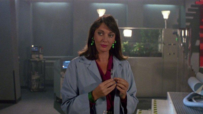 Dr. Lana Zurrell (Sarah Douglas). – Bild: Screenbound