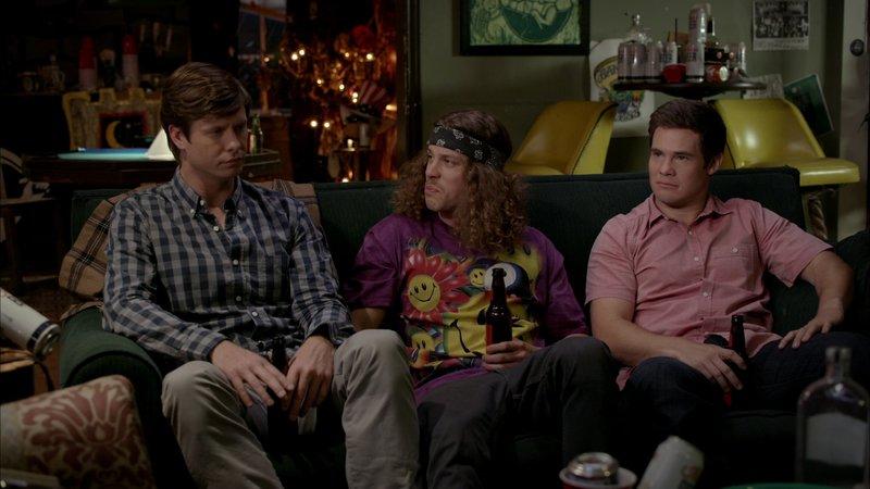 L-R: Anders Holmvik (Anders Holm), Blake Henderson (Blake Anderson), Adam DeMamp (Adam DeVine) – Bild: Comedy Central