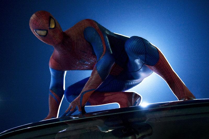 Als der junge Schüler Peter Parker (Andrew Garfield) von einer Spinne gebissen, gerät sein Leben total aus den Fugen. Fortan jagt er als Spiderman die richtig bösen Buben ... – Bild: 2012 Columbia Pictures Industries, Inc. All Rights Reserved. Lizenzbild frei