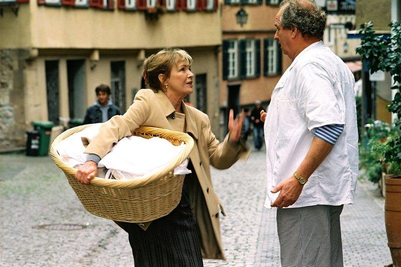 Gila von Weitershausen, Friedrich von Thun. – Bild: ORF