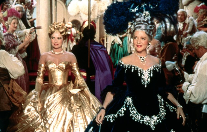 (v.l.n.r.) Frances Stevens (Grace Kelly); Jessie Stevens (Jessie Royce Landis) – Bild: TM, ® & © (1955) by Paramount Pictures. All Rights Reserved. Lizenzbild frei