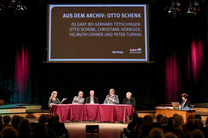 Christiane Hörbiger, Peter Turrini, Helmuth Lohner, Gerhard Tötschinger, Otto Schenk. – Bild: ORF III