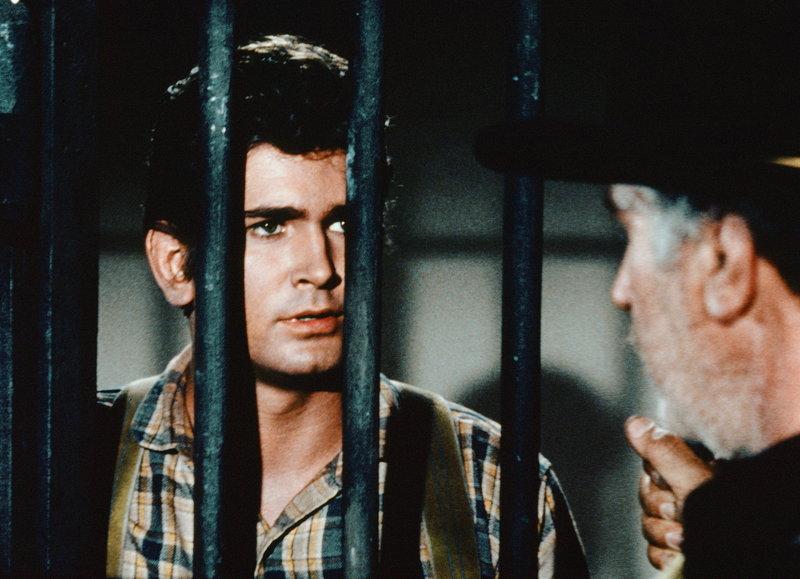Joe und sein Doppelgänger (Staffel 5, Folge 17) – Bild: Paramount Pictures Lizenzbild frei