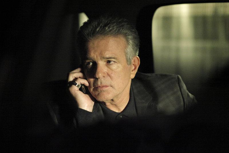 Mickey Dolan (Tony Denison) ist der Vollstrecker in einer Mafiagang. Hat er den beliebten Pastor Joe McMurtry auf dem Gewissen? – Bild: kabel eins