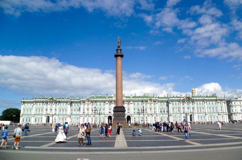 Der Winterpalast in St. Petersburg. – Bild: phoenix/ZDF/Gruppe 5