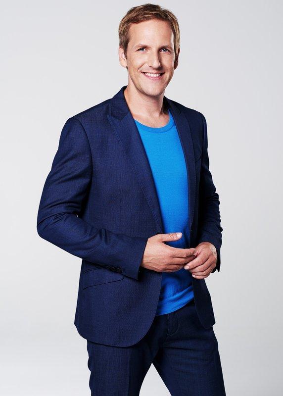 Moderator Jan Hahn – Bild: RTLplus / Ruprecht Stempel