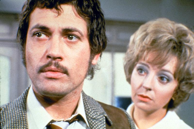 Barbara Leigh-Hunt, Jon Finch. – Bild: ORF