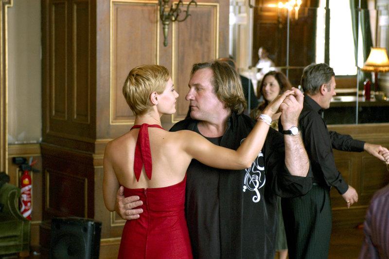 Cécile de France (Marion), Gérard Depardieu (Alain Moreau). – Bild: arte