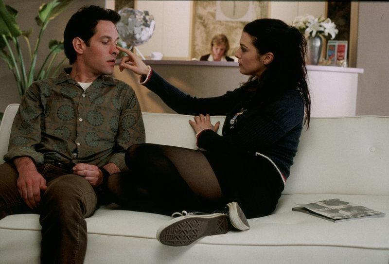 Nach und nach macht Evelyn (Rachel Weisz, r.) aus Adam (Paul Rudd, l.) den Typen Mann, den sie gerne hätte ... – Bild: NBC Lizenzbild frei