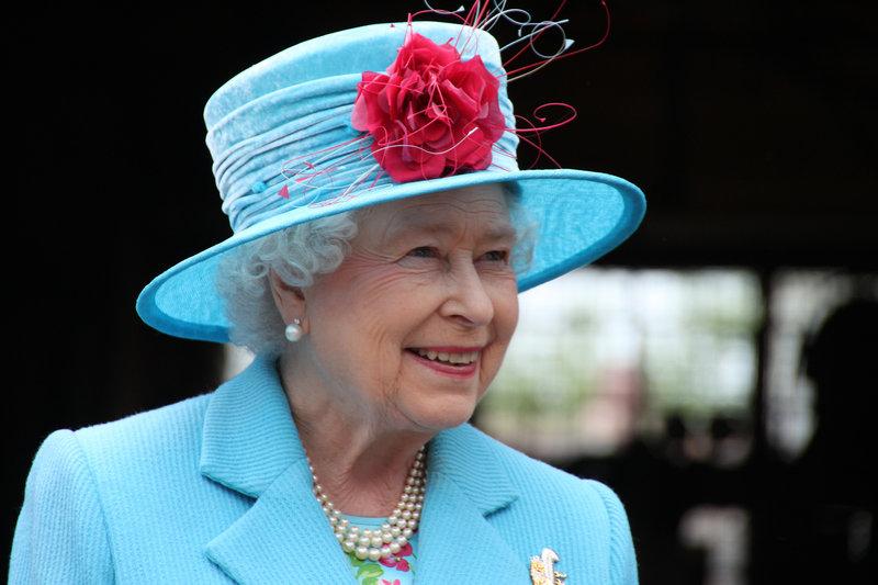 Queen Elizabeth II. bei einem Away Day in Cloughton 2010. Weitere Fotos erhalten Sie auf Anfrage. – Bild: NDR/Gisela Kraus