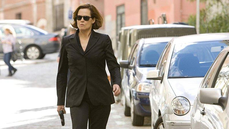 Jean Carrack (Sigourney Weaver)Jean Carrack (Sigourney Weaver) – Bild: RTL II