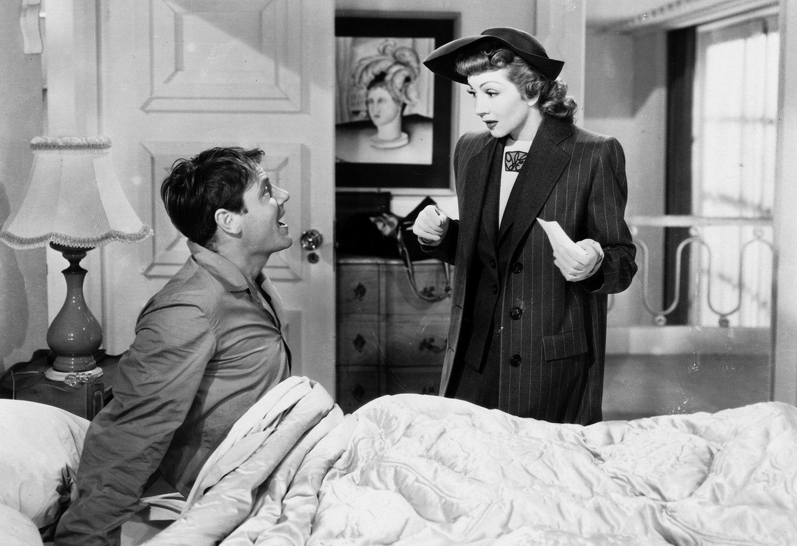 Gerry (Claudette Colbert) legt ihrem Mann Tom (Joel McCrea) dar, dass sie sich ungeachtet ihrer Liebe zueinander scheiden lassen sollten, um für neue, reiche Partner frei zu sein. – Bild: ZDF/© Paramount/Victor Milner