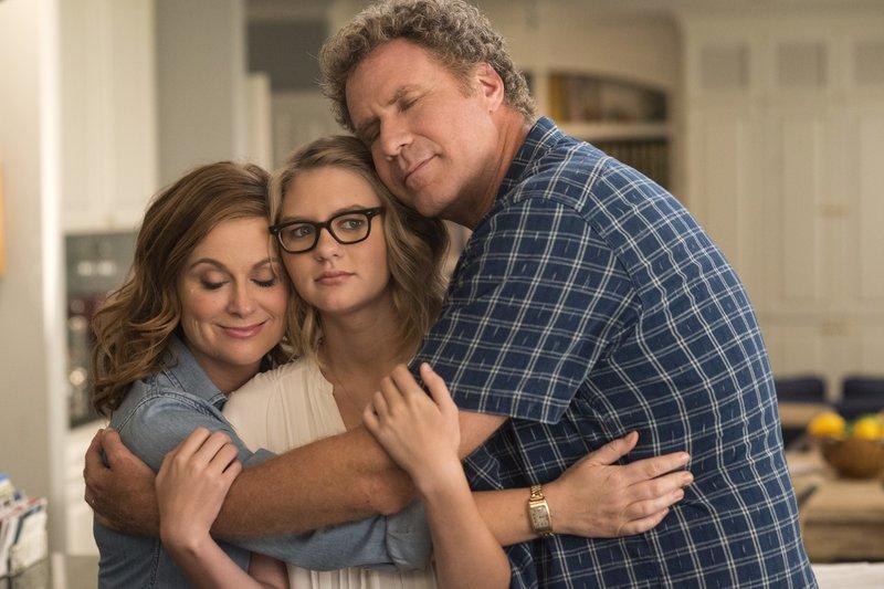 L-R: Kate Johansen (Amy Poehler), Alex Johansen (Ryan Simpkins) und Scott Johansen (Will Ferrell) – Bild: Warner Bros. Lizenzbild frei