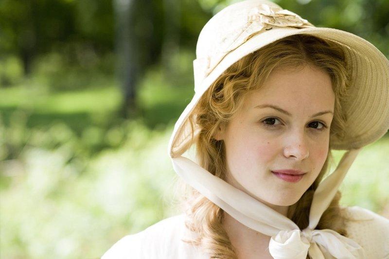 Kimberley Nixon as Sophy Hutton. – Bild: Sony Channel