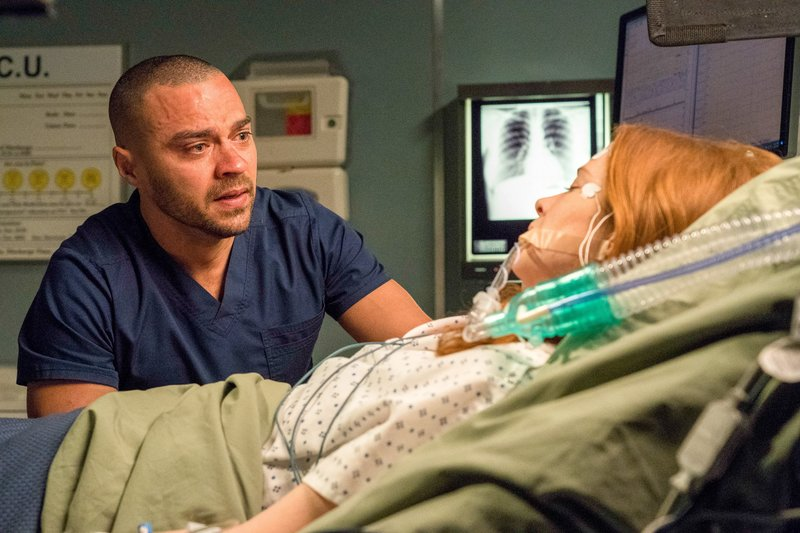 Jesse Williams (Dr. Jackson Avery), Sarah Drew (Dr. April Kepner). – Bild: SRF zwei