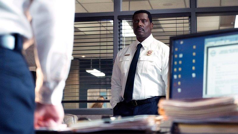 Chicago Fire Staffel 7, Folge 5 Er muss sich verteidigen: Eamonn Walker als Chief Wallace Boden. Copyright: SRF/NBC Universal – Bild: SRF/NBC Universal