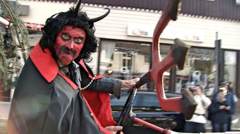 Sven als Teufel – Bild: NDR
