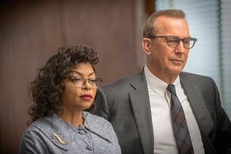 Taraji P. Henson (Katherine G. Johnson), Kevin Costner (Al Harrison). – Bild: ORF