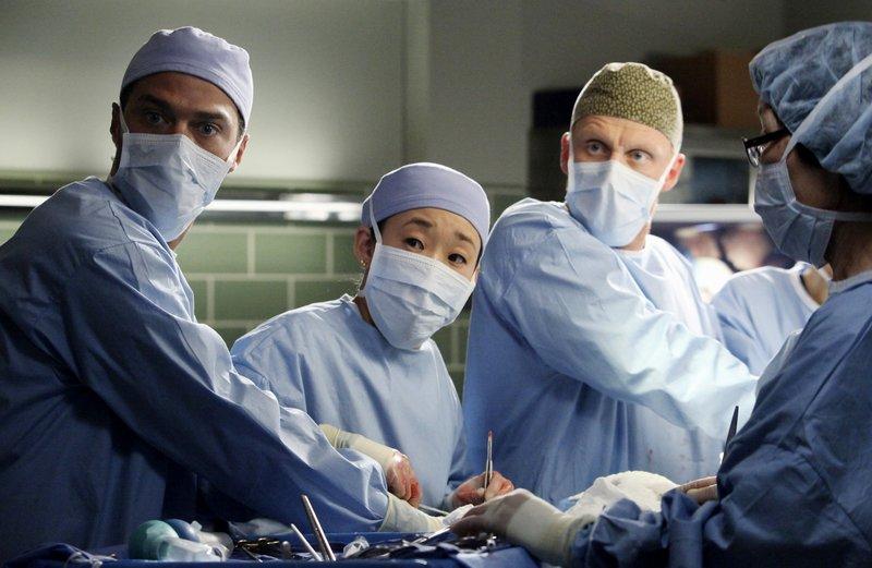 Greys Anatomy S07e18 Der Song Hinter Dem Song Song Beneath The