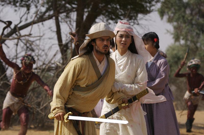 Marco (Ian Somerhalder) verliebt sich in die schöne Mongolin Kensai (Desiree Ann Siahaan), die an den Hof des Khans verschleppt wurde. – Bild: Peppermint