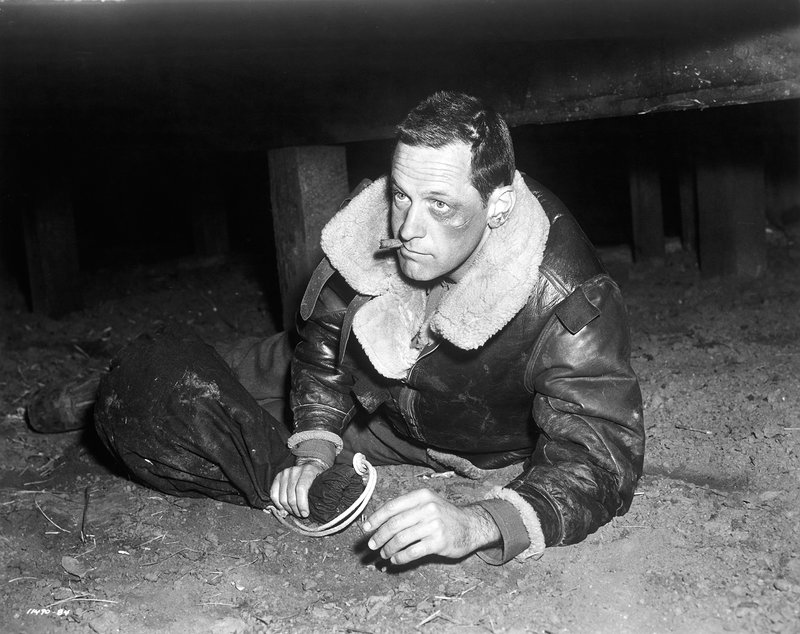Im Bild: Sgt. J.J. Sefton (William Holden) – Bild: Paramount Pictures