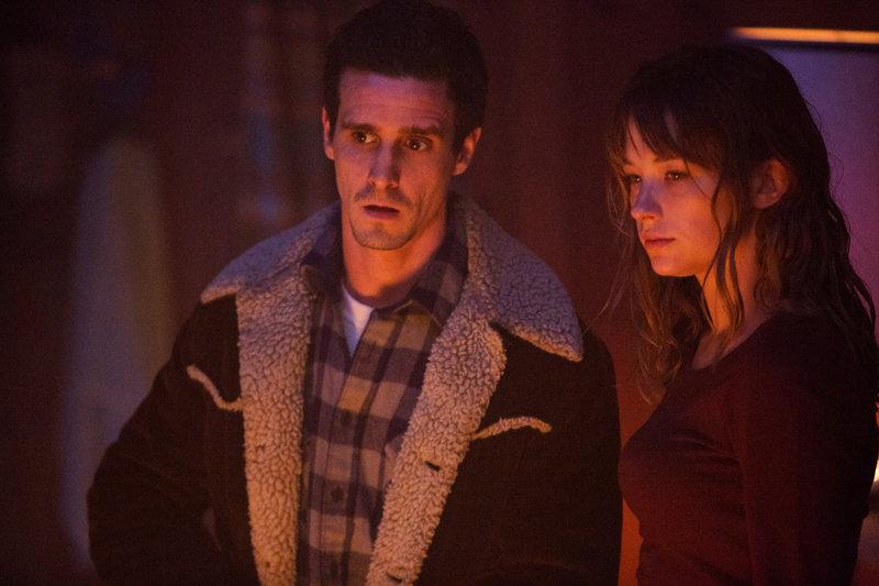 Im Bild: Scott (James Ransone) und Justine (Haley Bennett) – Bild: TL5