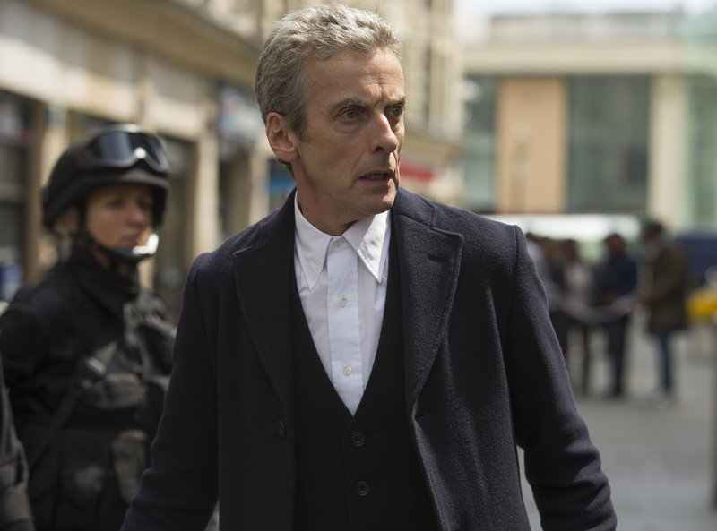 Picture shows: PETER CAPALDI as The Doctor – Bild: BBC/BBC WORLDWIDE 2014
