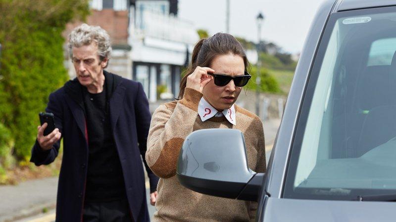 Der Doctor (Peter Capaldi) mit Osgood (Ingrid Oliver) – Bild: WDR/BBC
