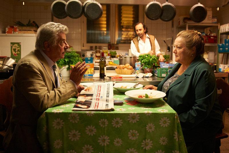 Gemeinsam mit Lorenzo (Giancarlo Giannini, l.) erlebt Oma Marguerita (Marianne Sägebrecht, r.) das Abenteuer ihres Lebens ... – Bild: ORF