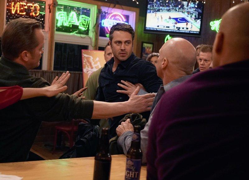 Chicago Fire Staffel 3 Episodenguide Fernsehseriende